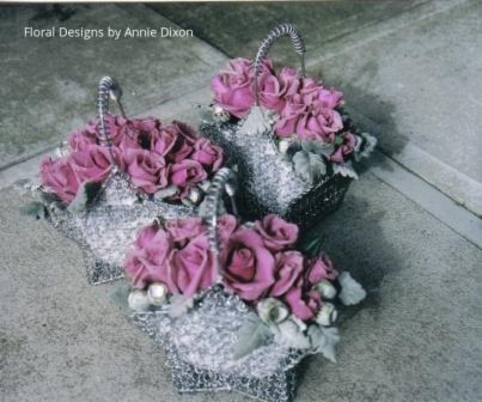 Flowergirls' silver star baskets